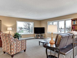 NEW-Large Anchorage Home w/Yard - Sleeps 31 Guests