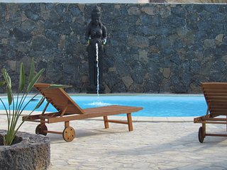 Surfvilla Corralejo:Surfing Holidays for groups and families