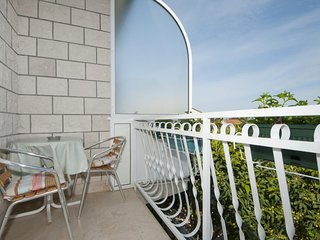 Apartments Fortuna - One Bedroom Apartment with Balcony (Green)