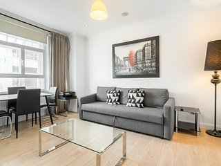 Spacious and cosy 2BR flat next to Oxford Street