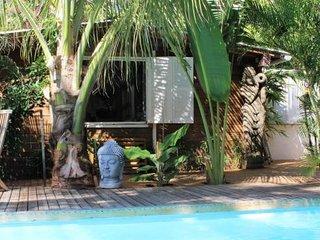 T1 < Yucca >, jacuzzi prive - piscine, bord de mer