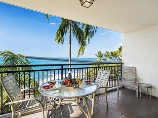 1 bedroom Ocean front condo, right down town w/ AC, great Ocean views