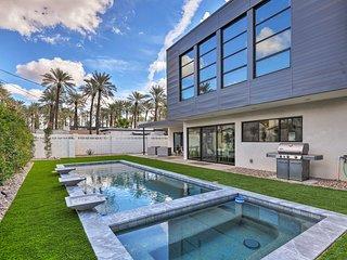 Modern Phoenix Home w/Pool-10Min to Old Scottsdale