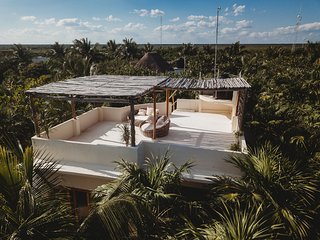 Casa De Las Palmas -  Stunning Mahayana Tulum Beach Home!