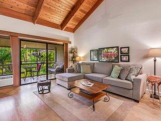 NEW Clean Condo; Tropical Gardens; Pool - Hot Tub!