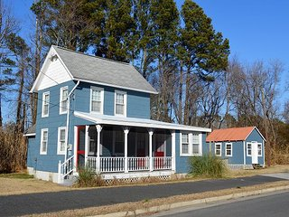 East Wing - Pet Friendly - Close to Town