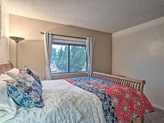 Sedona Condo w/Mtn View Deck&Seasonal Pool Access!