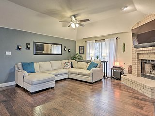 NEW! Live Oak Home - 15 Mi to Downtown San Antonio