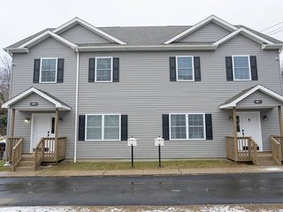West Point Retreat ✭ 2 BRAND NEW Homes ✭ 6 Bd 4 Ba