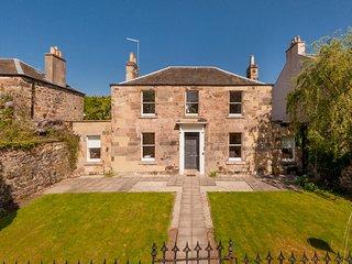 The Lochside House Residence
