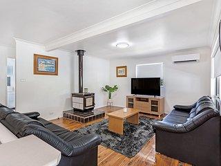 Dirigeree Street, 4 - Nelson Bay, NSW