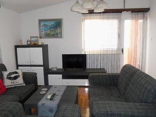 Apts Lucija - Three Bedroom Apt with Sea View and Balcony (2nd floor)