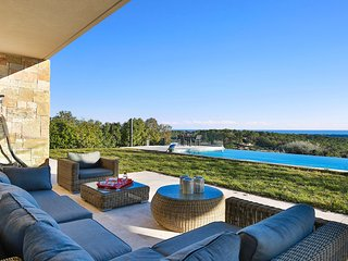 Holiday Rental Villa - Luxury in Opio