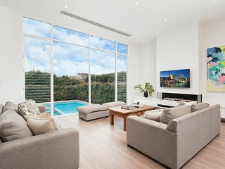 Exclusive Sydney Family Home
