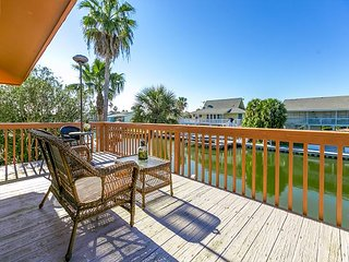 Bring Your Boat! Key Allegro 3BR Bay House w/ Dock, Sleeps 8