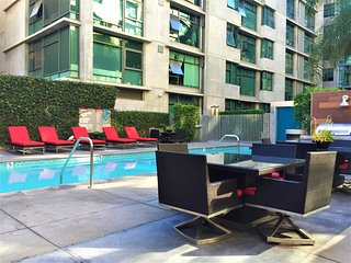 2BR Furnished Apartment in DT Los Angeles Walk to LA Live