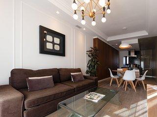Luxury apartment near to Plaza cat.