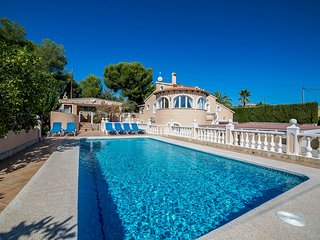 6 bedroom Villa with Pool, Air Con and WiFi - 5749056