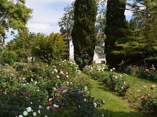 Mas Blanc - Masia Rural con magnifico jardin - Com