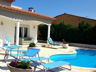Casa Oraly - Casa con piscina al lado de la playa.