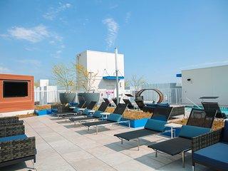1 Bedroom Luxury Suite in Downtown Los Angeles