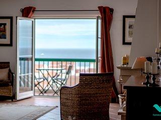 ★ Ocean views, spacious, close everywhere & Pool!