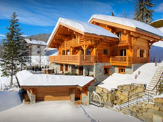 Luxury La Clusaz chalet for 12 - sauna, gym and hot tub - OVO Network