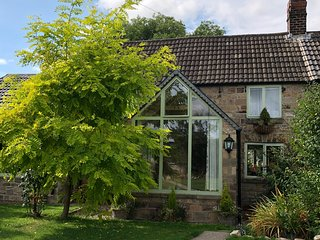 Lane End Holiday Cottage, Tibshelf. Derbyshire / Nottinghamshire border