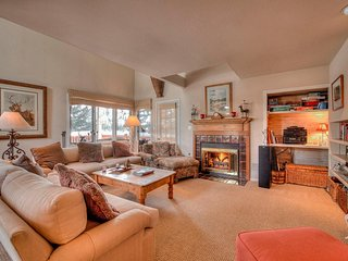 Large Vail Home, 5 Minutes to Vail Ski Resort!