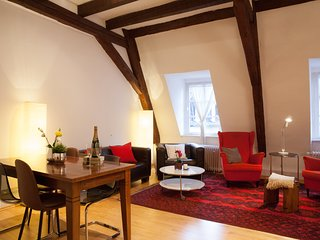Cosy and comfortable 2 bedrooms Old town