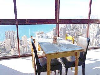 Gemelos 15 Penthouse Apartment 26-A