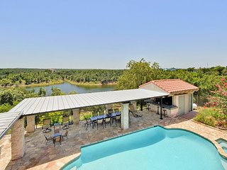 7BR Beautiful Ranch Home w/ Private Pool & Lake Views