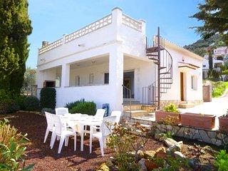 2029-GRECS Rosas centro Casa con jardin y terraza