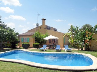 3 bedroom Villa in Santa Margalida, Balearic Islands, Spain - 5718010