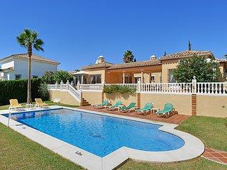 4 bedroom Villa in Malaga, Andalusia, Spain - 5700576