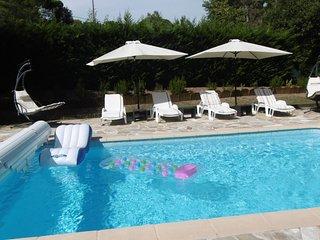 Appartement dans villa ,piscine privee,salle sport
