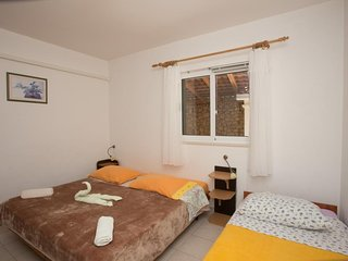 Apartments Villa Dingac - Comfort One Bedroom Apartment with Balcony and Sea