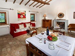 Galera Villa Sleeps 17 with Pool - 5048992