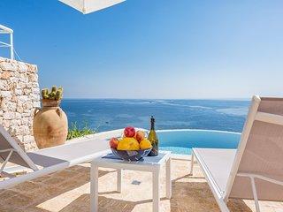 2 bedroom Villa in Marina di Marittima, Apulia, Italy - 5750783