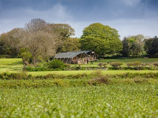 Bluebell - Luxury Family Glamping in the Heart of Cornwall