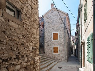 Cozy apartment in the center of Šibenik with Internet, Air conditioning