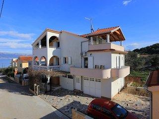 Two bedroom apartment Slatine (Ciovo) (A-16341-b)