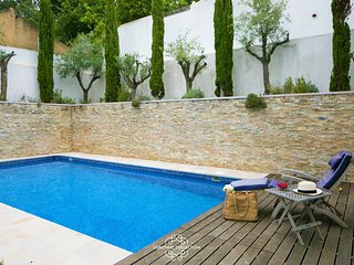 Alcantara Palace Swimming Pool 67 by Lisbonne Collection