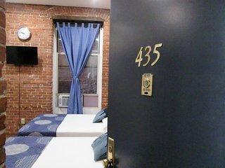 Studios Midtown Manhattan/435