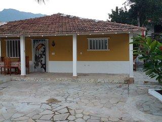 Ilhabela-Bairro da Àgua Branca, Piscina, Ar Condicionado,  6 pessoas
