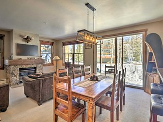 Getaway w/ Resort Amenities on Main Street Breck!