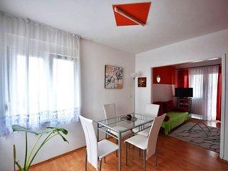 Apartment Fortuna with pool A3 2+2 pax Zadar Diklo