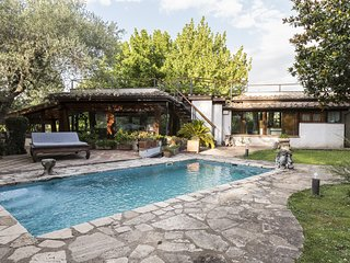 Luxury Villa on the Tiber