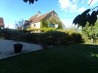 Stone self catering cottage in the heart of the dordogne valley