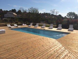 Belle villa 160m², piscine chauffée et proche des plages sur Golfe de Pinarello